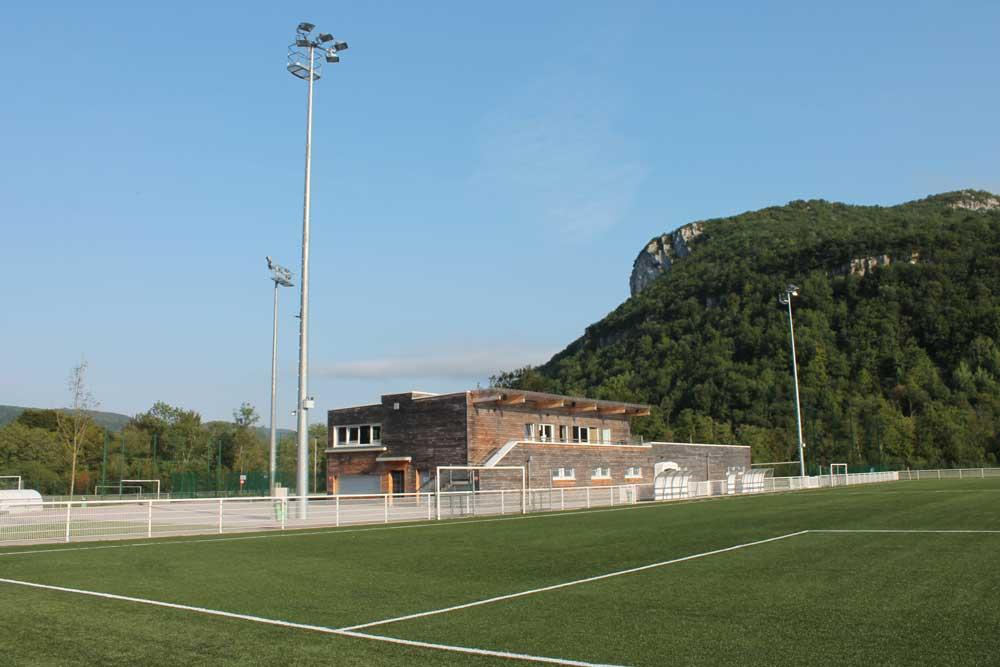 Molinges stade